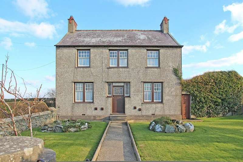 3 Bedrooms Detached House for sale in Llanfair Yn Neubwll, Anglesey, North Wales