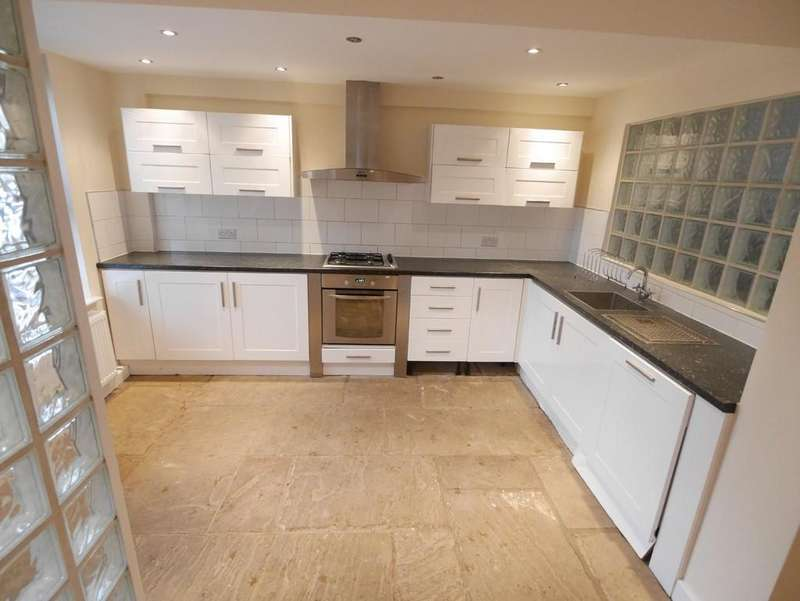 2 Bedrooms Terraced House for rent in Pinfold Street, Howden