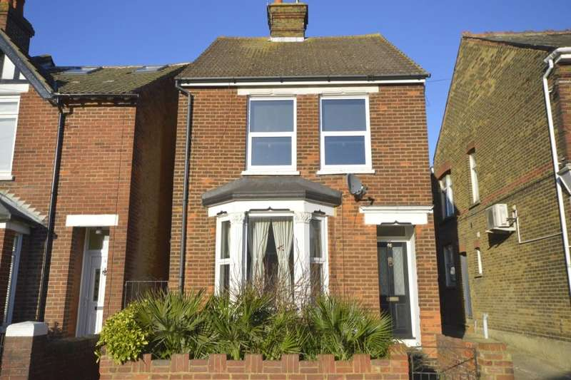 3 Bedrooms Detached House for sale in Whitstable Road, Faversham, ME13
