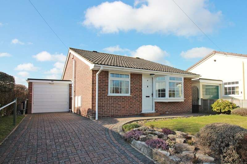 2 Bedrooms Detached Bungalow for sale in Marsh Lane, Christchurch