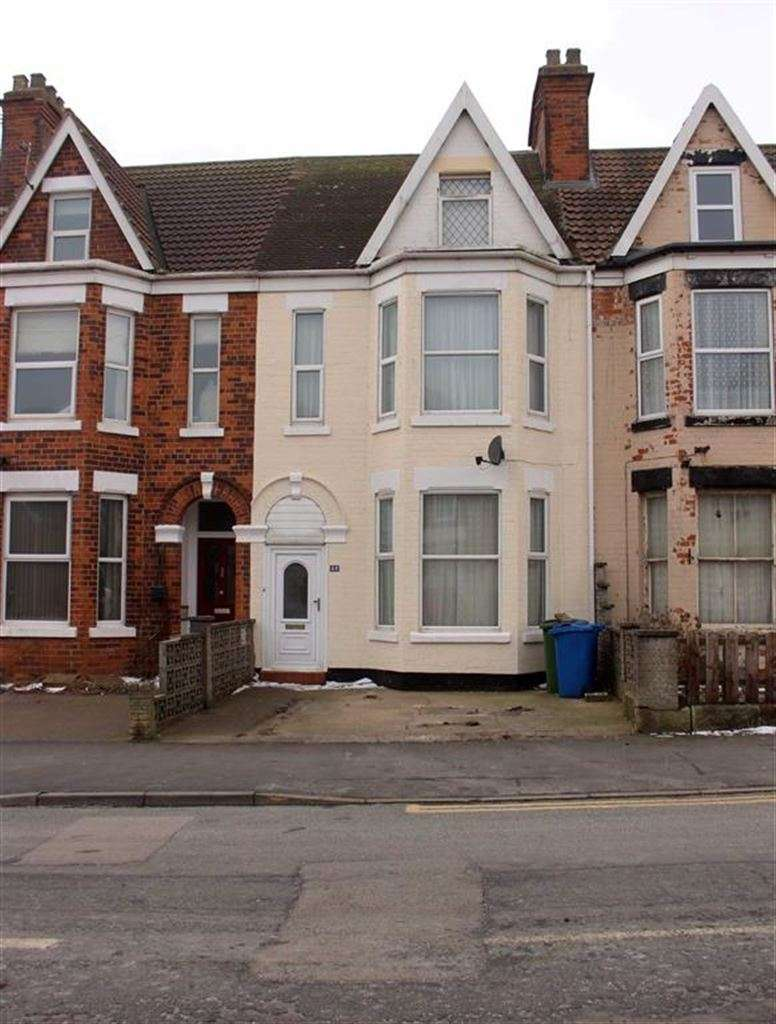 5 Bedrooms Terraced House for sale in Cliff Road, Hornsea, East Yorkshire