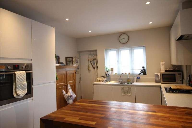 1 Bedroom Flat for rent in Hill Avenue, Amersham, Buckinghamshire, HP6