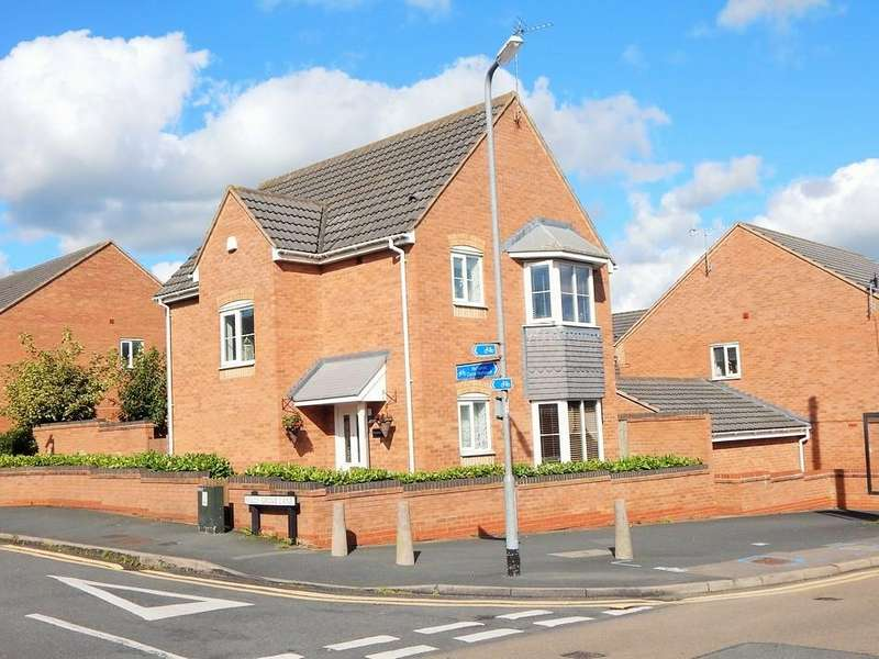 3 Bedrooms Detached House for sale in Holly Grove Lane, Chase Terrace, Burntwood, Staffs WS7