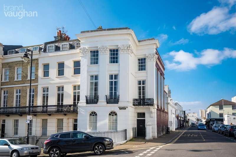 4 Bedrooms End Of Terrace House for sale in Portland Place, Brighton, BN2
