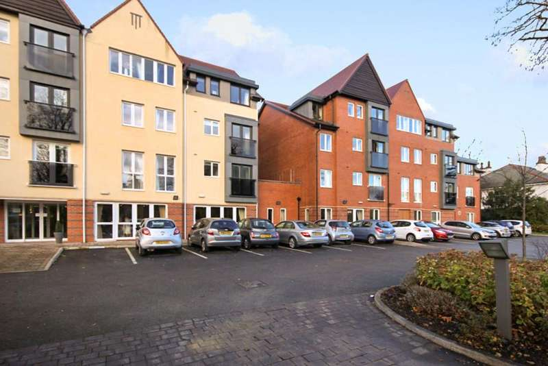 1 Bedroom Retirement Property for sale in Cambridge Road, Southport