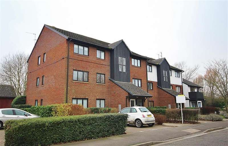 3 Bedrooms Apartment Flat for sale in West Quay Drive, Yeading, UB4 9TA