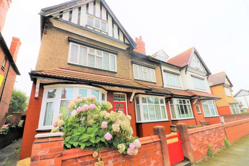 2 Bedrooms Ground Flat for sale in Lyndhurst Road, Wallasey, CH45 6XA