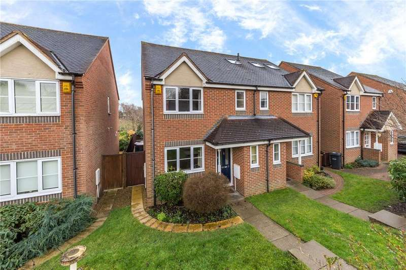 3 Bedrooms Semi Detached House for sale in Orient Close, St. Albans, Hertfordshire