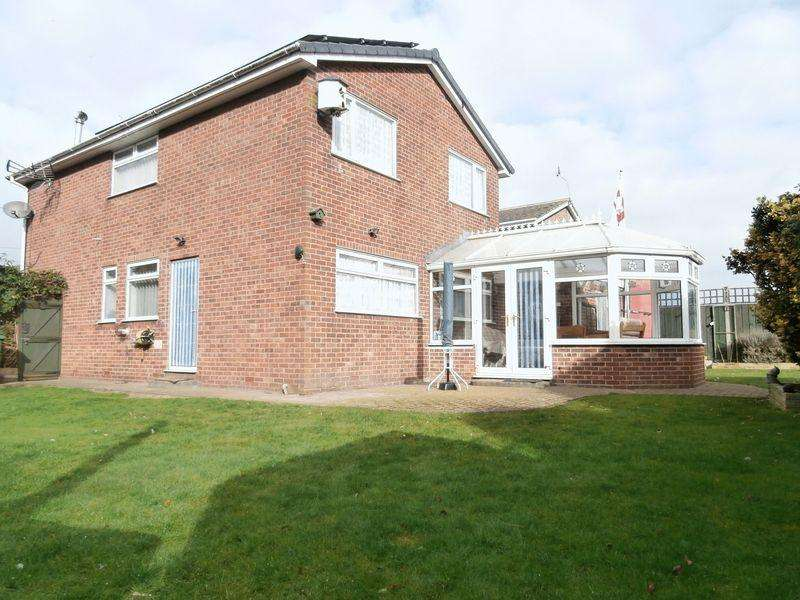 4 Bedrooms Detached House for sale in Neville Garth, Hedon