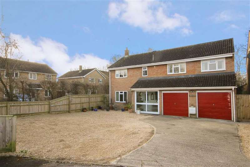 4 Bedrooms Detached House for sale in Cromwell, Swindon, Wiltshire