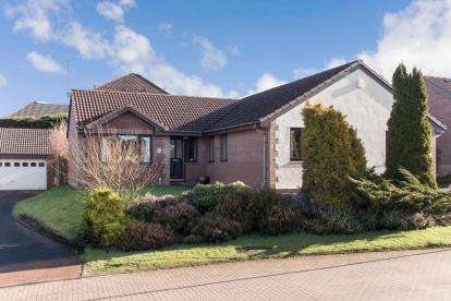 4 Bedrooms Bungalow for sale in Brierie Gardens, Crosslee