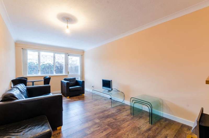 1 Bedroom Flat for sale in Rainhill Way, Bow, E3