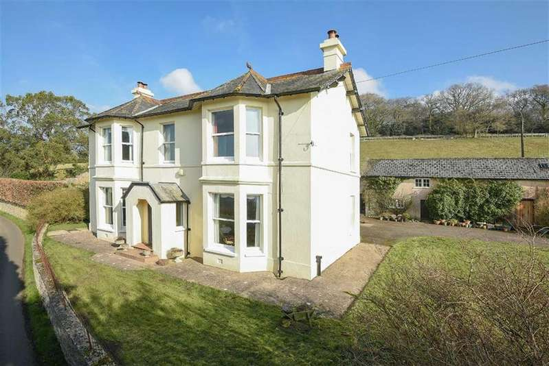 5 Bedrooms Detached House for sale in Hemyock, Cullompton, Devon, EX15
