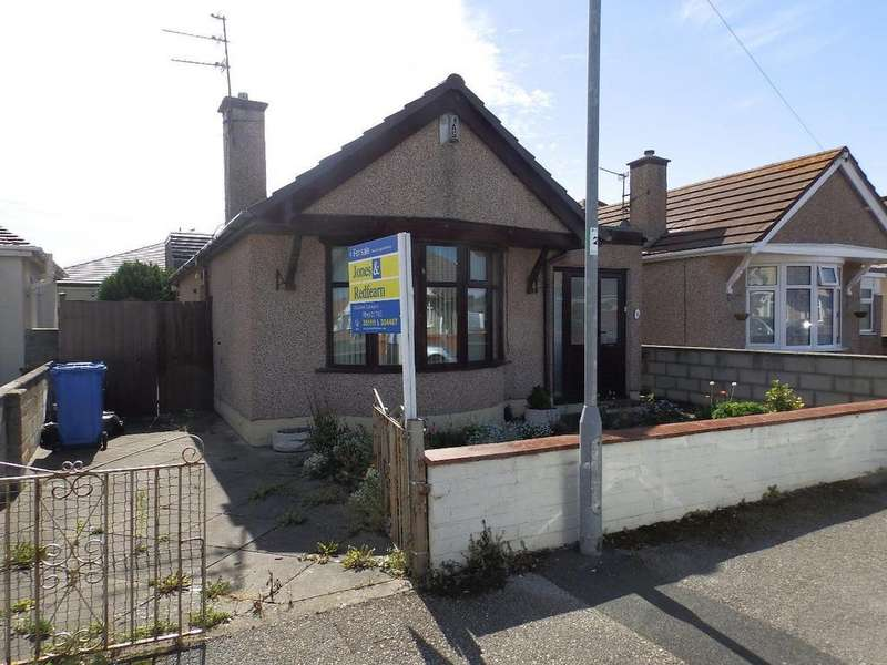2 Bedrooms Detached Bungalow for sale in Knowles Avenue, Rhyl