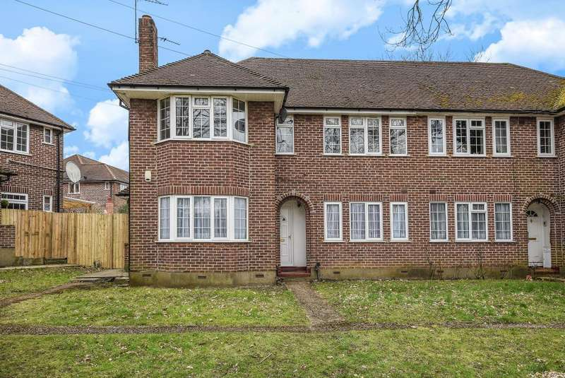 2 Bedrooms Maisonette Flat for sale in Stanmore, Middlesex, HA7
