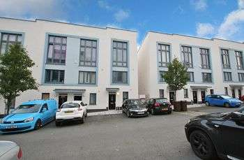 3 Bedrooms Town House for rent in Ker Street, Plymouth, PL1