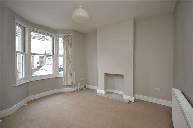 2 Bedrooms Terraced House for rent in Norman Road, St. Werburghs, Bristol, BS2