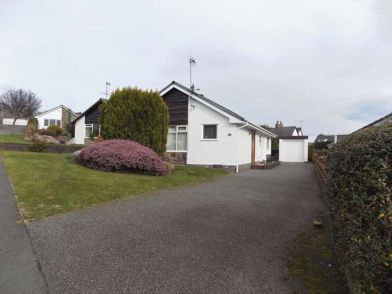 2 Bedrooms Bungalow for sale in Maes Rhun, Tyn Y Groes, LL32