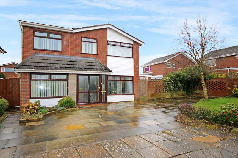 4 Bedrooms Detached House for sale in Cantlow Fold, Ainsdale, Southport