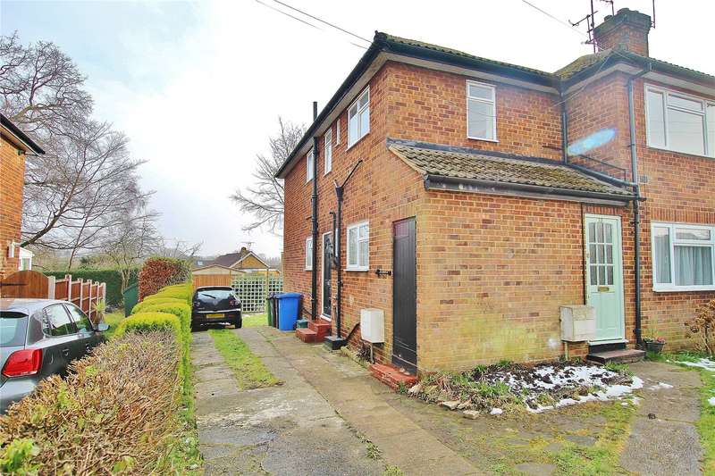 2 Bedrooms Maisonette Flat for sale in Hermitage Woods Crescent, St Johns, Woking, Surrey, GU21