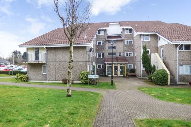 3 Bedrooms Maisonette Flat for sale in Fairhaven, Dunoon, Argyll, PA23 8NR