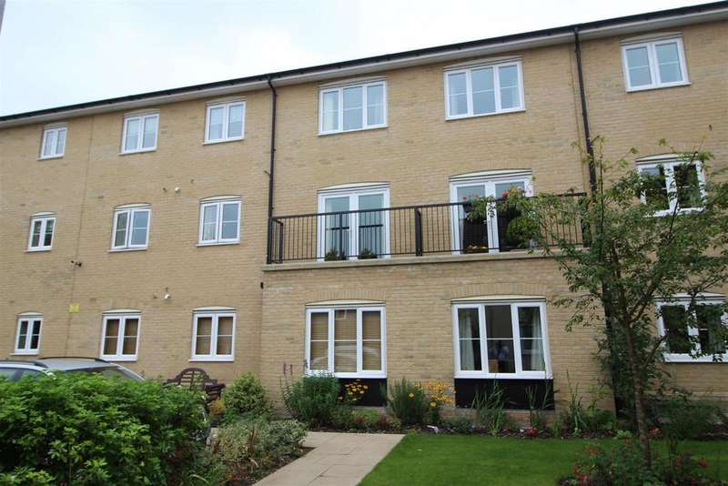 2 Bedrooms Apartment Flat for sale in Lydgate Court, Bury St. Edmunds