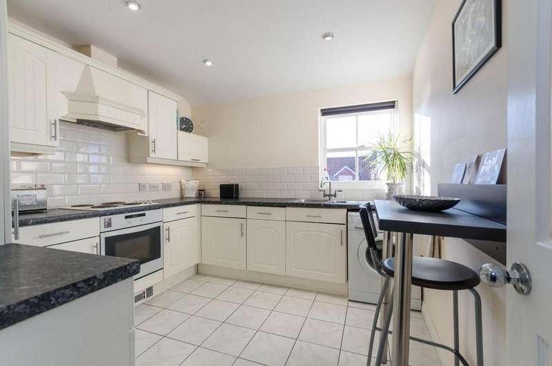 2 Bedrooms Flat for sale in Wilkinson Court, Easingwold