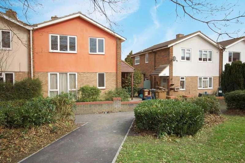 3 Bedrooms Semi Detached House for rent in Gonville Crescent, Stevenage