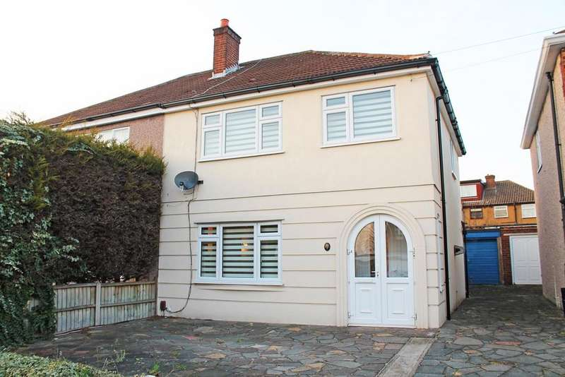 3 Bedrooms Semi Detached House for sale in Helmsdale Road, Romford, RM1