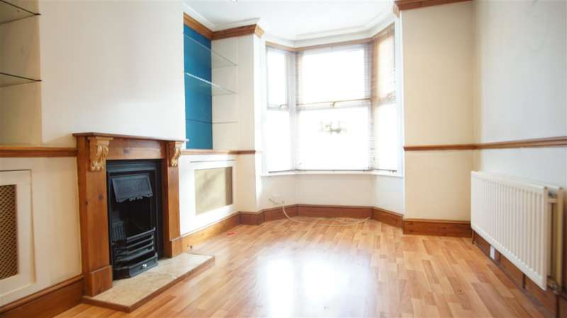 2 Bedrooms Terraced House for rent in Havelock Road, Gravesend