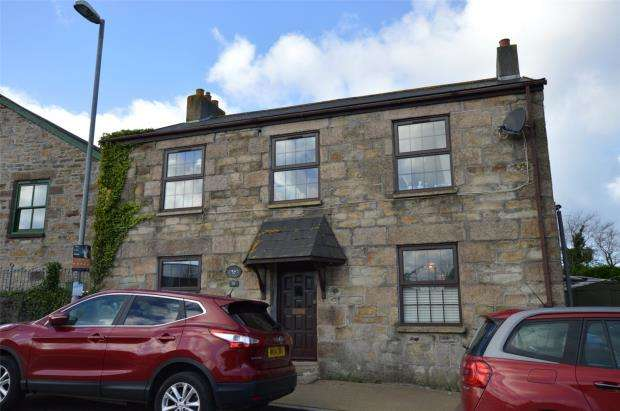4 Bedrooms Detached House for sale in Station Road, Pool, Redruth, Cornwall