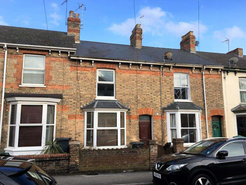 3 Bedrooms Terraced House for sale in Herbert Street, Taunton, Somerset, TA2 6HJ
