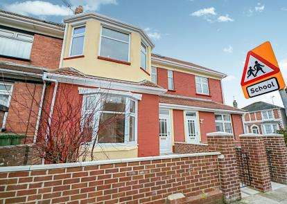 4 Bedrooms Terraced House for sale in Paignton, Devon