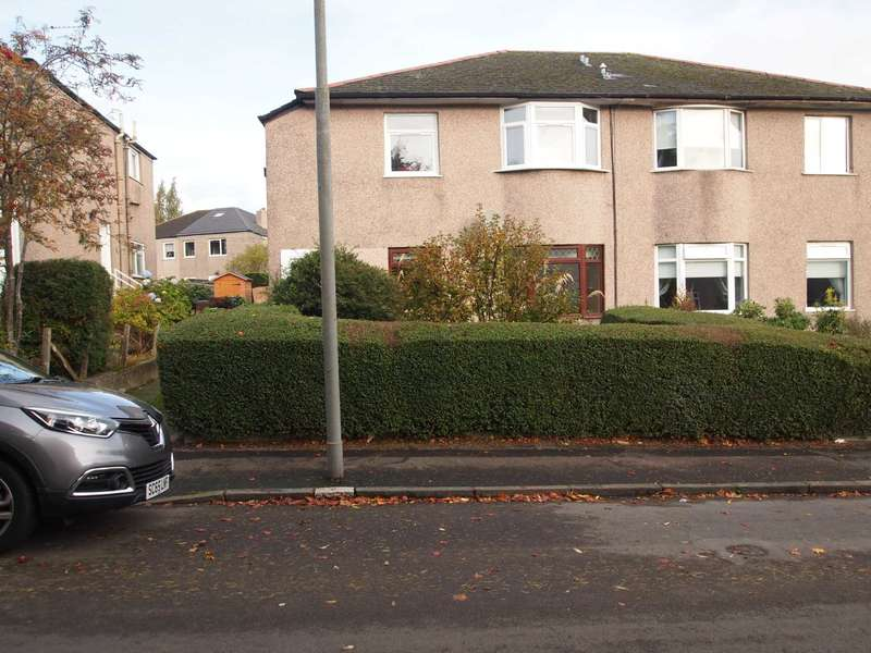 2 Bedrooms Flat for rent in Highcroft Avenue, Croftfoot