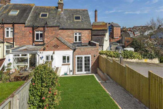 4 Bedrooms Property for sale in Newberry Gardens, Weymouth, Dorset