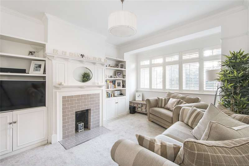 4 Bedrooms Semi Detached House for sale in Valley Road, London, SW16