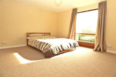 4 Bedrooms Detached House for rent in BASILDON