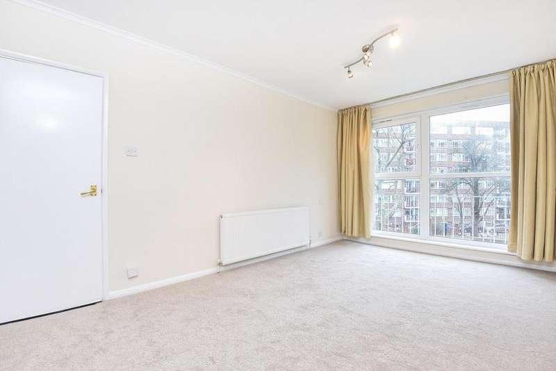 3 Bedrooms Flat for sale in Albert Drive, Southfields