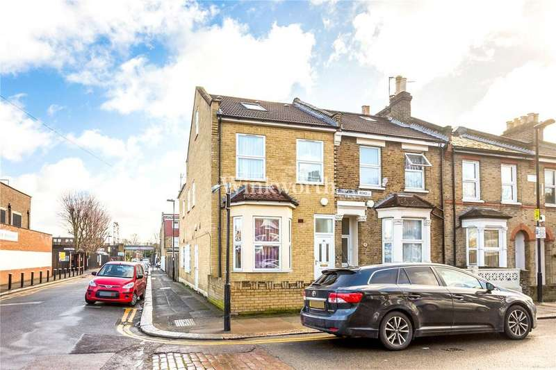 3 Bedrooms Maisonette Flat for sale in Bruce Castle Road, London, N17