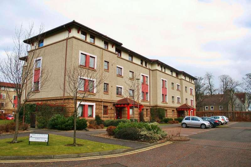 2 Bedrooms Flat for sale in 11/3 North Werber Place, Fettes, Edinburgh EH4 1TF