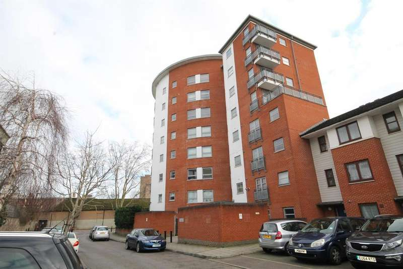 2 Bedrooms Apartment Flat for sale in Concorde Way, London, SE16 2PY