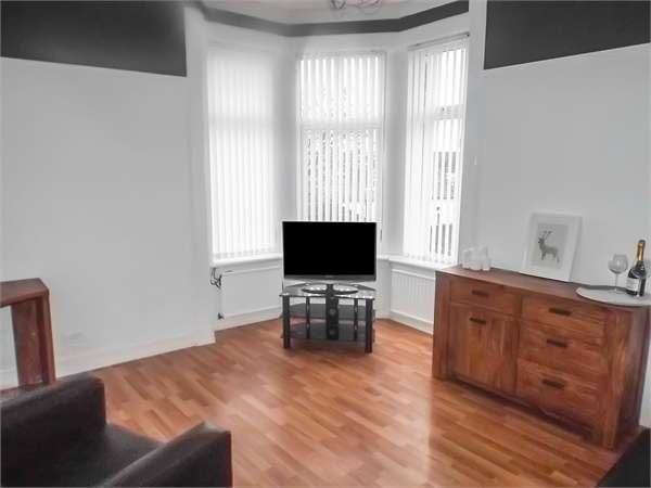 2 Bedrooms Flat for sale in 2 Galloway Place, Saltcoats, North Ayrshire