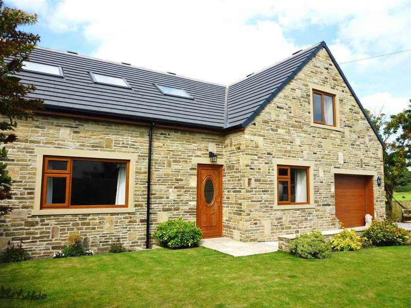 4 Bedrooms Detached House for sale in West Lodge Crescent, Ainley Top, Huddersfield