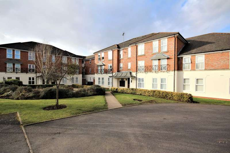 2 Bedrooms Apartment Flat for sale in Morton Gardens, Rugby