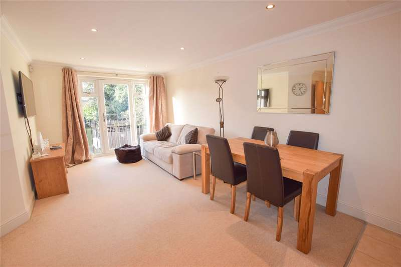 2 Bedrooms Apartment Flat for sale in Westbrook Court, 448 Reading Road, Wokingham, Berkshire, RG41