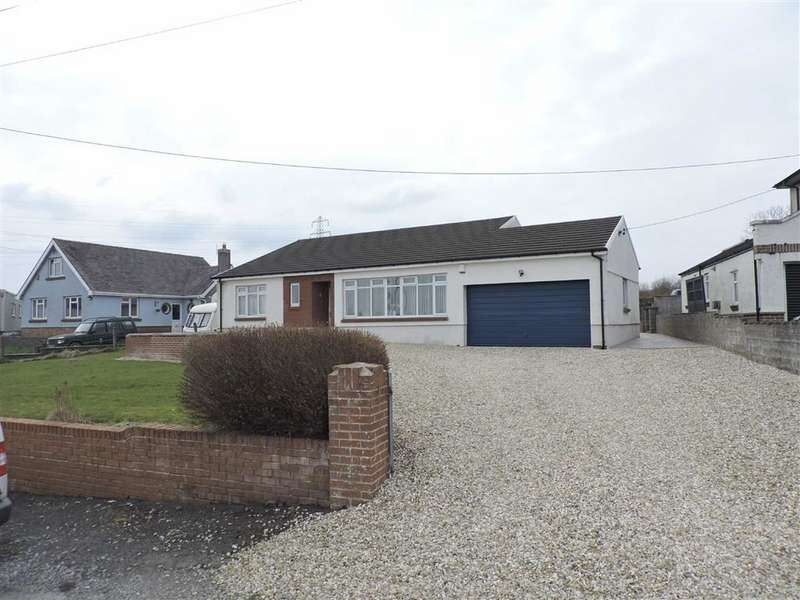 3 Bedrooms Detached Bungalow for sale in Pontardulais Road, Tycroes