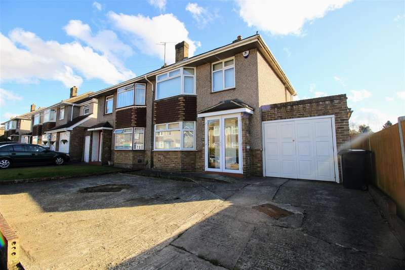 3 Bedrooms Semi Detached House for sale in Amberley Close, Swindon