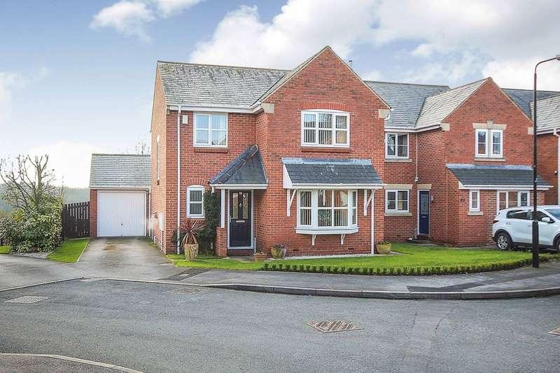 4 Bedrooms Detached House for sale in Lennox Gardens, Leeds, LS15