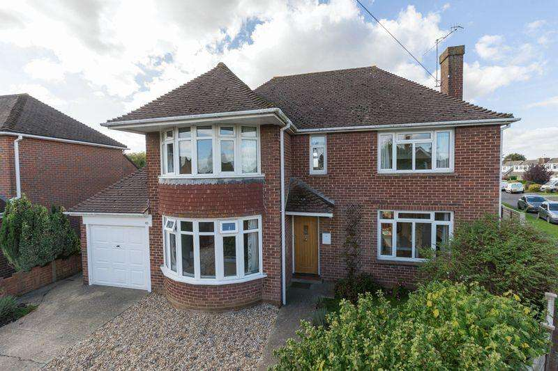 4 Bedrooms Detached House for sale in Stockbridge Gardens, Chichester
