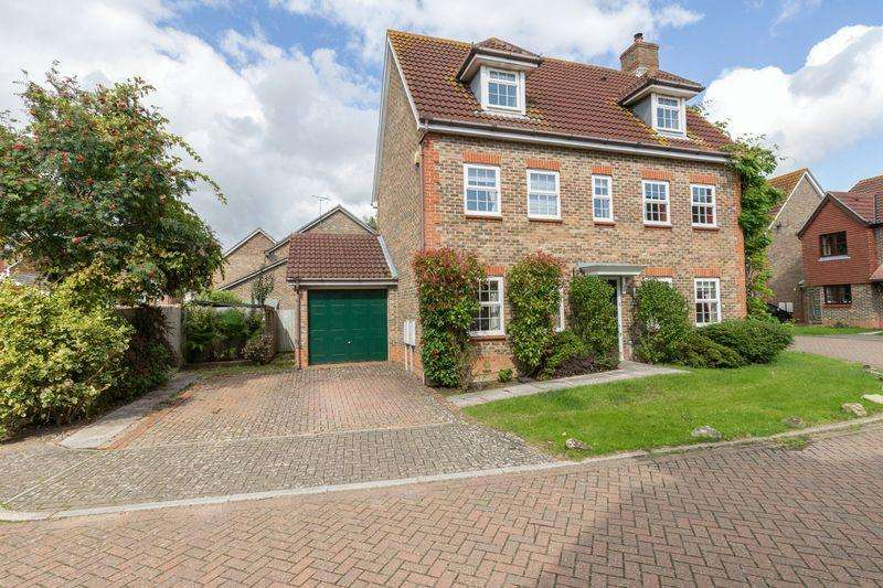 5 Bedrooms Detached House for sale in Foxbridge Drive, Hunston